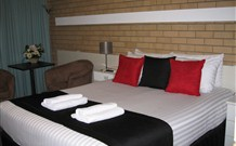 Golden Harvest Motor Inn - Moree
