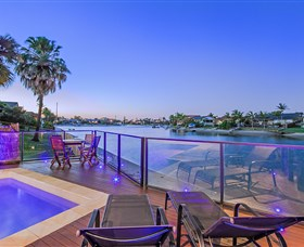 Kurrawa Cove at Vogue Holiday Homes