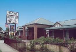 Tanjil Motor Inn - Accommodation in Surfers Paradise