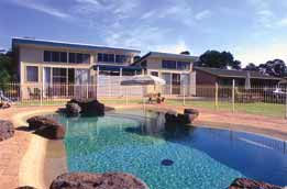Park View Holiday Units - Accommodation in Surfers Paradise