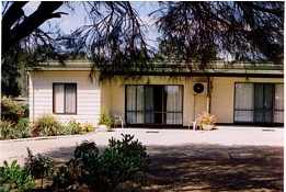Casuarina Cabins - Accommodation in Surfers Paradise