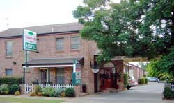 Cedar Lodge Motel - Accommodation in Surfers Paradise