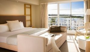 Quality Suites Deep Blue - Accommodation in Surfers Paradise