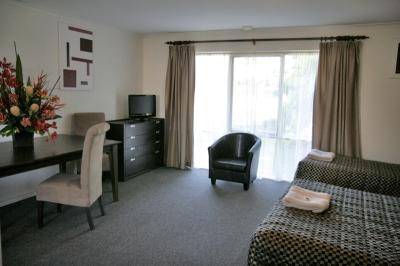 Frankston Motel - Accommodation in Surfers Paradise