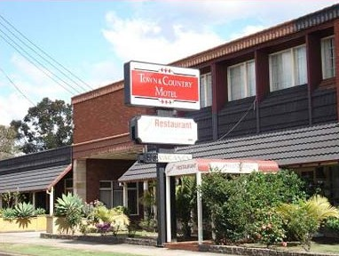 Town  Country Motel - Accommodation in Surfers Paradise