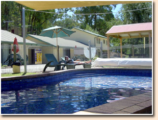 Snow View Holiday Units - Accommodation in Surfers Paradise