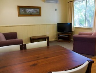 View Hill Holiday Units - Accommodation in Surfers Paradise