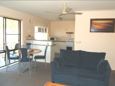 Ocean Drive Apartments - Accommodation in Surfers Paradise
