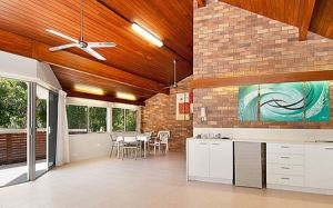 Glen Eden Beach Resort - Accommodation in Surfers Paradise