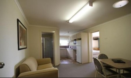 Araluen Motor Lodge - Accommodation in Surfers Paradise