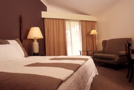 Tallawanta Lodge - Accommodation in Surfers Paradise
