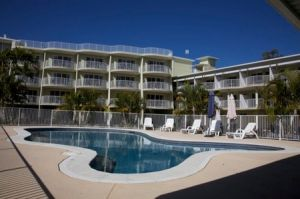 Cabarita Lake Apartments - Accommodation in Surfers Paradise