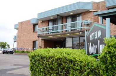 Motel 10 Motor Inn - Accommodation in Surfers Paradise