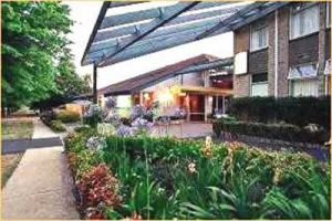 Telopea Inn On The Park - Accommodation in Surfers Paradise