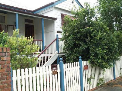 Eskdale Bed And Breakfast - Accommodation in Surfers Paradise