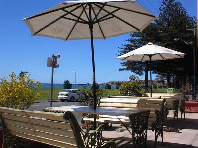 Anchorage At Victor Harbour Seafront Hotel - Accommodation in Surfers Paradise