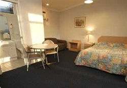 Orange Motor Lodge - Accommodation in Surfers Paradise