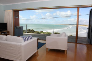 White Sails - Accommodation in Surfers Paradise
