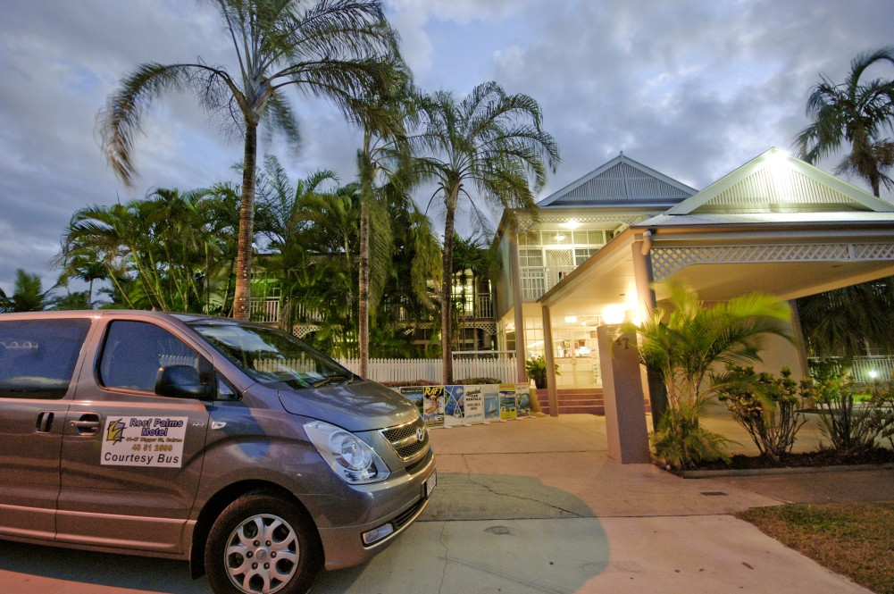 Reef Palms - Accommodation in Surfers Paradise
