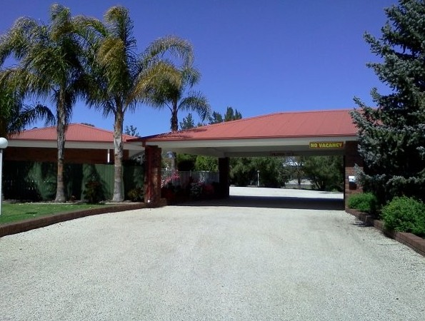 Golden Chain Border Gateway Motel - Accommodation in Surfers Paradise