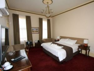 Glenferrie Hotel - Accommodation in Surfers Paradise