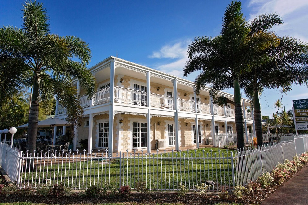 White Lace Motor Inn - Accommodation in Surfers Paradise