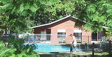 Glass House Mountains Holiday Village - Accommodation in Surfers Paradise