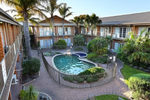 Quality Hotel Melbourne Airport - Accommodation in Surfers Paradise