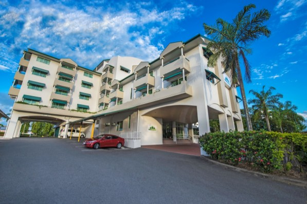 Cairns Sheridan Hotel - Accommodation in Surfers Paradise
