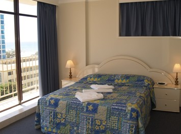 Queensleigh Holiday Apartments - Accommodation in Surfers Paradise