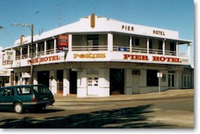 Pier Hotel - Accommodation in Surfers Paradise