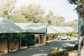 Burra Motor Inn - Accommodation in Surfers Paradise