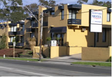 Pathfinder Motel - Accommodation in Surfers Paradise