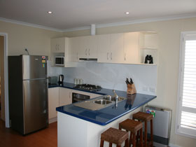 Tudaisies - Accommodation in Surfers Paradise
