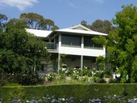 Riverscape Holiday Home - Accommodation in Surfers Paradise