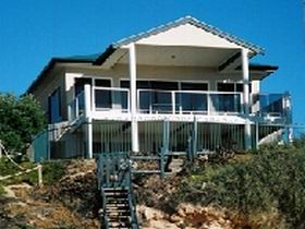 Top Deck Cliff House - Accommodation in Surfers Paradise