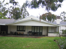 Naracoorte Cottages - Pinkerton Hill - Accommodation in Surfers Paradise