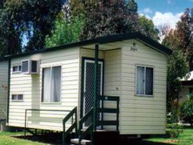 McLaren Vale Lakeside Caravan Park - Accommodation in Surfers Paradise
