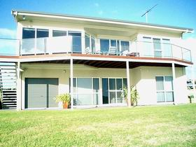 Swanport Views Holiday Home - Accommodation in Surfers Paradise