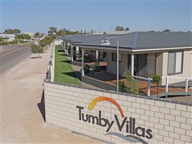 Tumby Villas - Accommodation in Surfers Paradise
