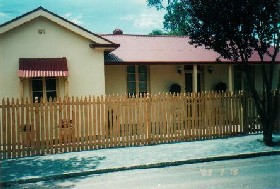 Clara's Cottage - Accommodation in Surfers Paradise