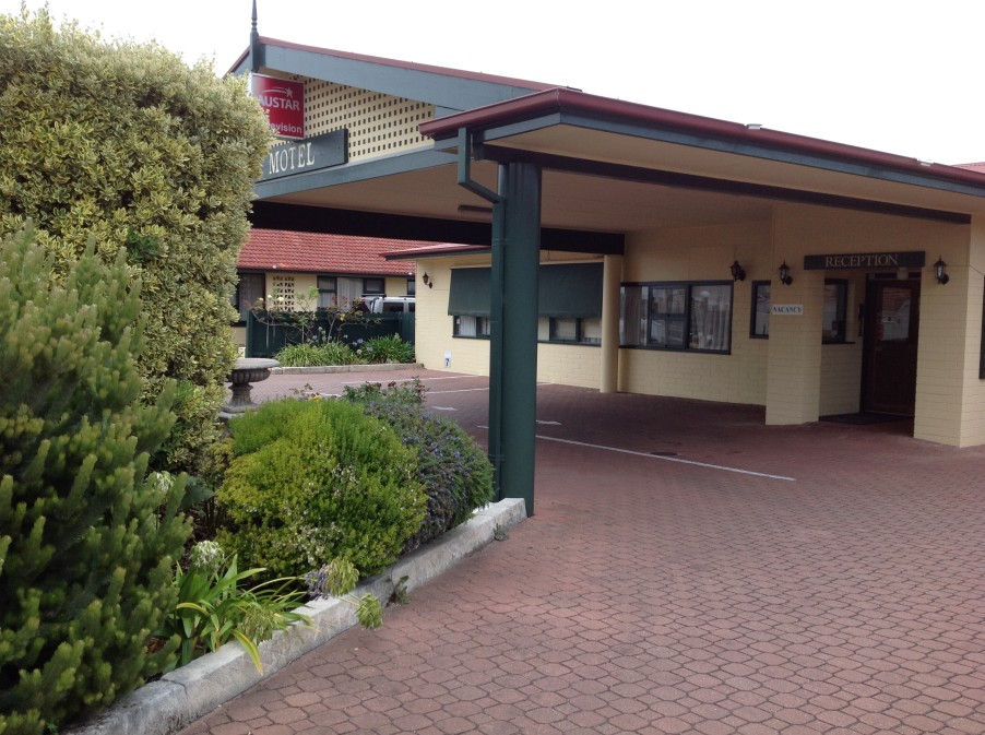 Best Western Robe Melaleuca Motel  Apartments - Accommodation in Surfers Paradise