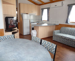 Victor Harbor Holiday and Cabin Park - Accommodation in Surfers Paradise
