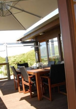 Sleaford Bay Retreat - Accommodation in Surfers Paradise
