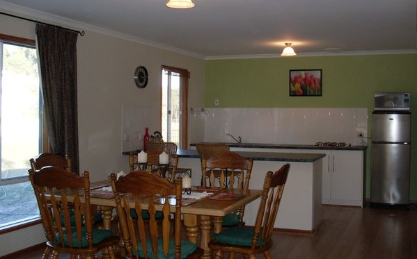 Lazy Days BB Cottage - Accommodation in Surfers Paradise
