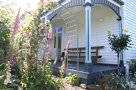 Devonport Bed  Breakfast