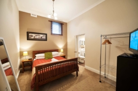 Burnie City Apartments - Accommodation in Surfers Paradise