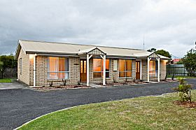 Leisureville Holiday Villas - Accommodation in Surfers Paradise
