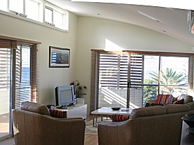 Paradise House - Accommodation in Surfers Paradise