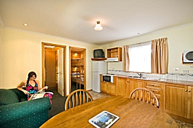 Leisureville Caravan Park - Accommodation in Surfers Paradise